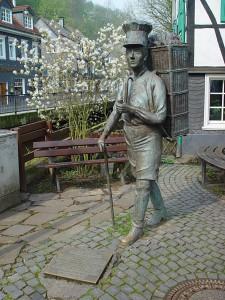 Памятник пекарю брецелей
