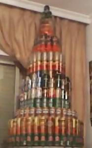 Башня из пивных банок